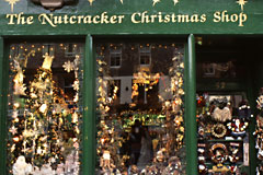 Edinburgh: Christmas shop